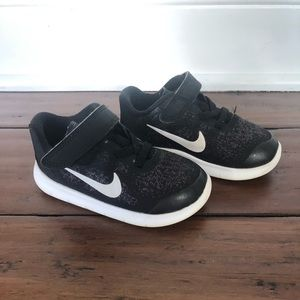 Nike Free Run Sneakers Shoes Size 7C